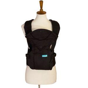 Infantino FLIP front Fb lack baby carrier w pocket